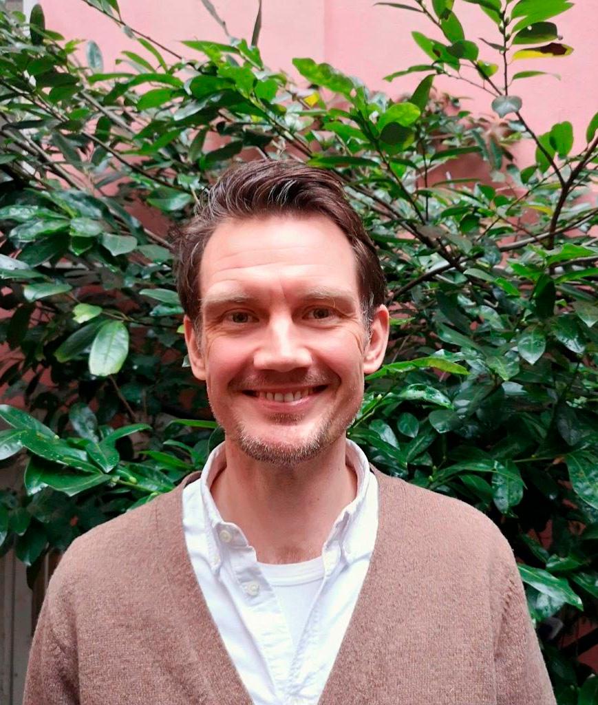 Speciallæge i børne- og ungdomsspykiatri Jonathan Hannibel kontaktoplysninger Stofrådgivning